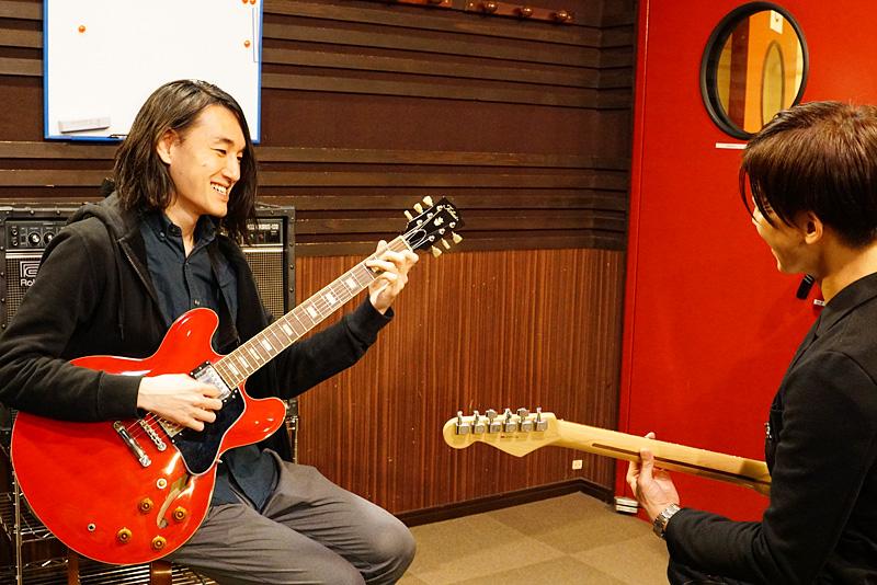 ギターレッスン風景1