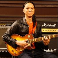 ギター講師:佐野智矩